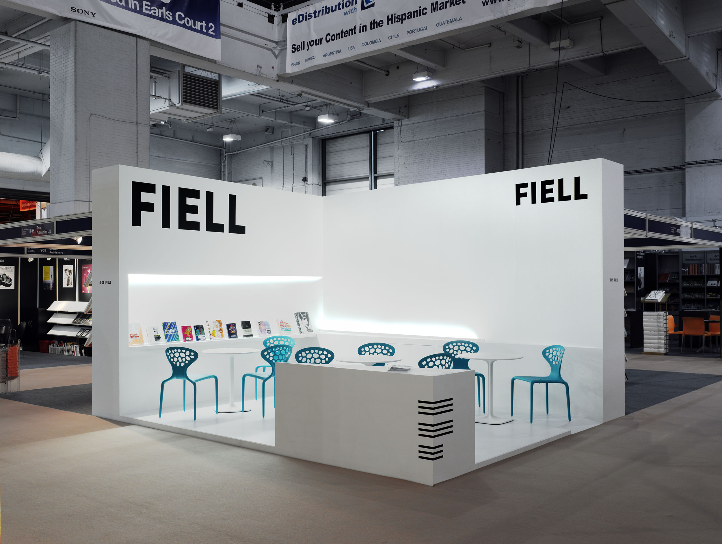 Exhibition Stand Minimalist : Coombe architecture fiell